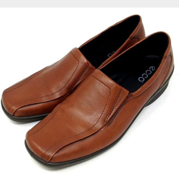 2068494f253 Ecco Other - Ecco Shoes Brown Leather Square Toe Loafers 7